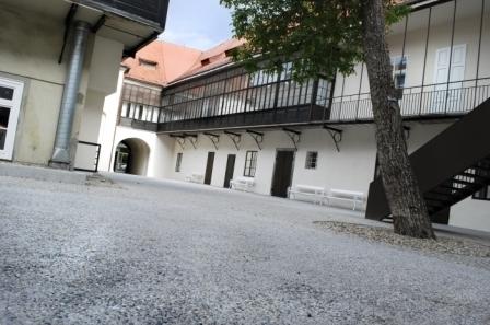 Vetrinjski dvor (foto Tina Pukšič)